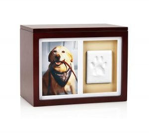 Remember your Dog with the Top 9 Memorial Urns for Dog Ashes 5